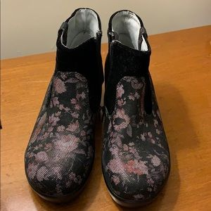Alegria never worn floral print shoe boot